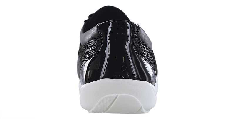 Race Time Black Multi Right Sole View