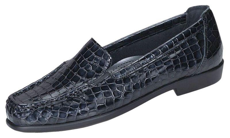 Joy Black Croc Left .75 View