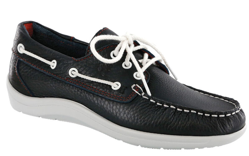 Catalina Lace Up Boat Shoe, , large