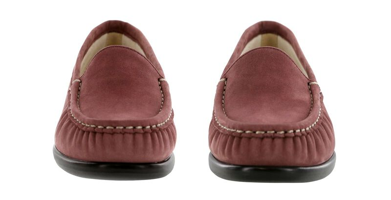 Simplify Wine Nubuck Pair Front View