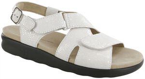 Huggy Cross Strap Sandal