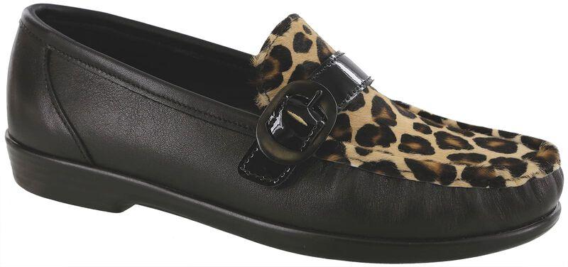 Lara Black Leopard Right .75 View
