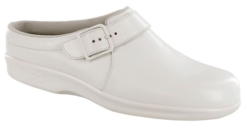 Clog White Right .75 View