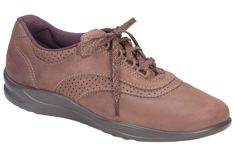 Walk Easy Chocolate Nubuck Right .75 View