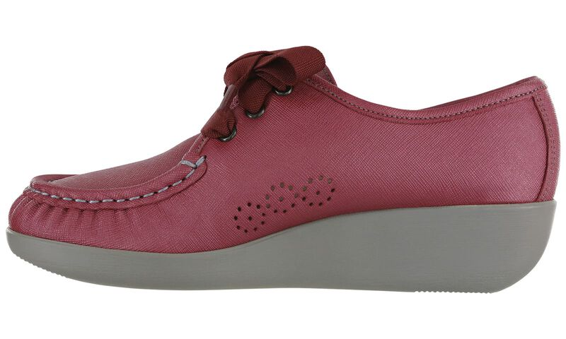 Bounce Cranberry Left Side View