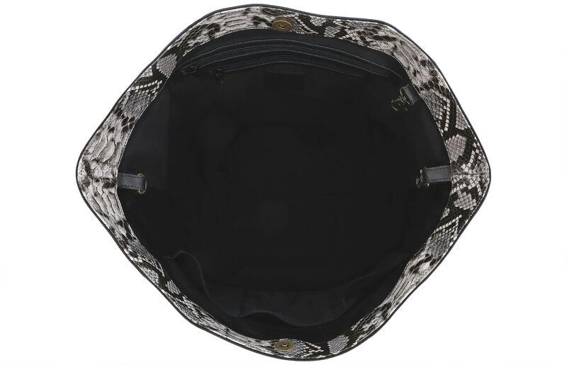 Faye DLX Black/Mamba Side View 1