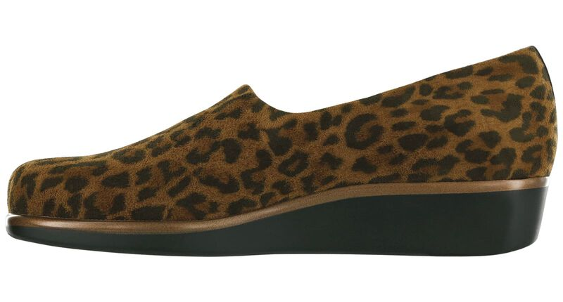 Bliss Tan Leopard Right Side View