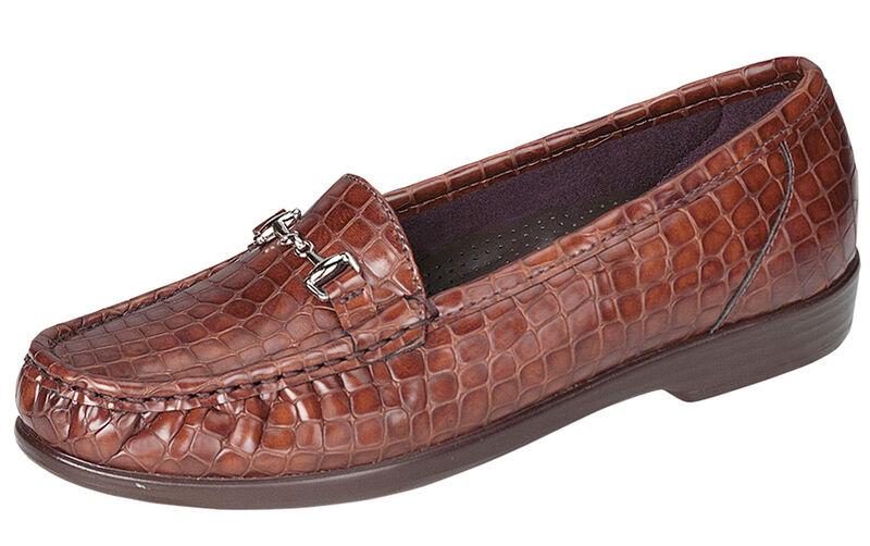 Metro Cognac Croc Left .75 View