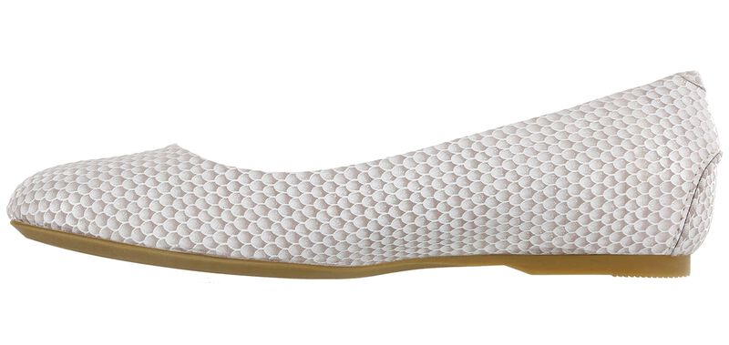 Lacey Slip On Loafer, Beige Scallop, large
