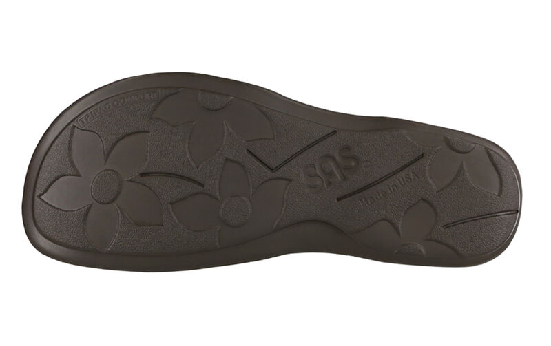 Pampa Black Left Sole View