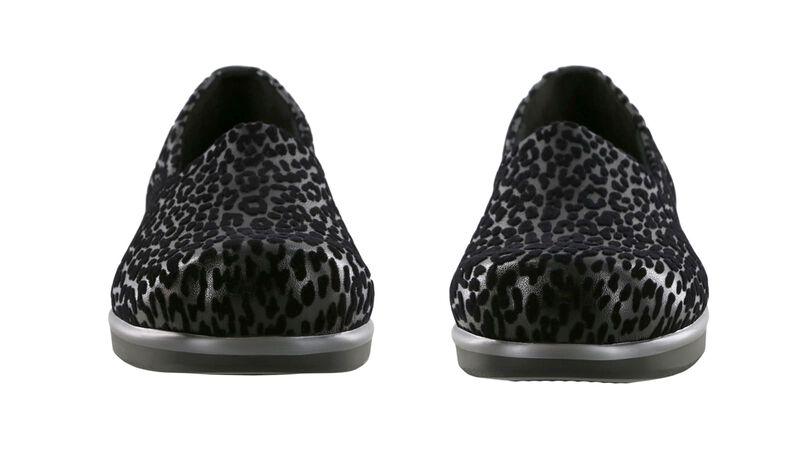 Bliss Black Leopard Pair Front View